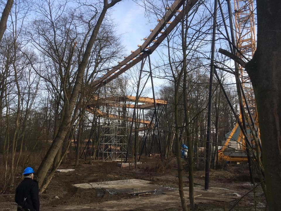 Dawson Duel, de nieuwe attractie 2017, in opbouw in Bellewaerde